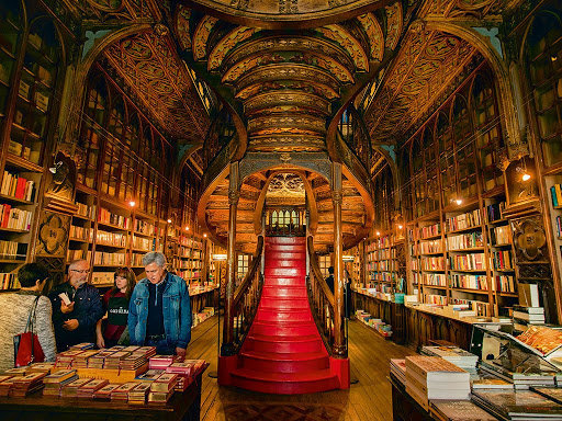 Entrada Livraria Lello Cinco librerías más hermosas del mundo